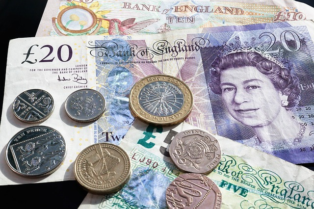 měna Anglie.jpg